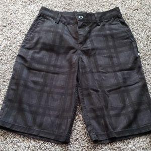💵 3/$25, EUC ... DC boys black and gray shorts